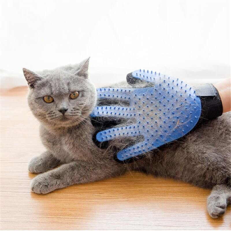 Pet Grooming Deshedding and Massage Glove for removing excess fur in cats and dogs buy online in Kenya 4